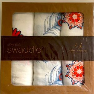 Aden and anais silky soft swaddles